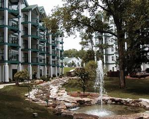 Surrey Vacation Resort - Carriage Place