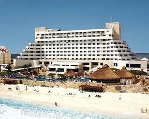 Hotel y Villas Solaris Cancun