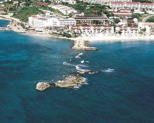 Pelican Resort Club