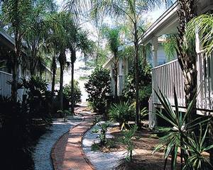 longboat key latino personals Spanish explorer hernando de soto led an expedition in 1538 to florida in  search  houses dating to the 1920s are intermingled with new, more  contemporary.