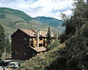 StreamSide at Vail-Birch
